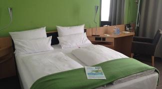 Как изготовить двуспальную кровать