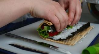 Как готовить нори для роллов
