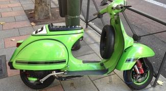 Как снять заднее колесо скутера