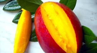 Весеннее настроение: салат с манго