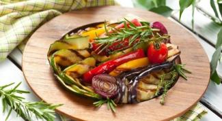 Как приготовить рагу из баклажанов