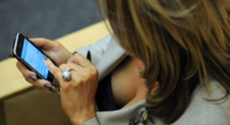 How to find a person's phone number by name for free