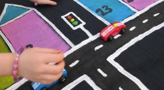 Как надолго занять ребенка игрой и заодно обучить правилам дорожного движения