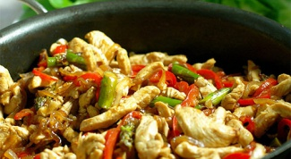 How to cook chicken in Thai