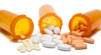 Как правильно запивать лекарства