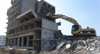 How to write a petition on demolition of unauthorized constructions