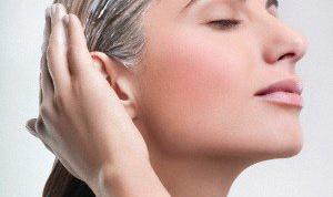 Как осветлить волосы мёдом