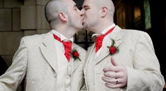 Гомосексуалистами рождаются или становятся?