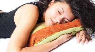 Какие продукты помогают заснуть
