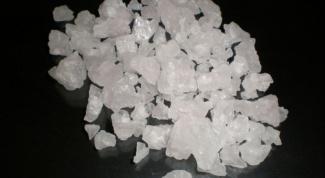 Чем поваренная соль отличается от каменной?