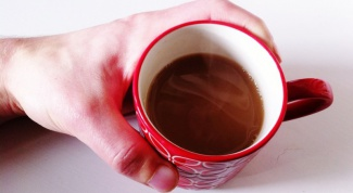 How you can quickly cool a very hot tea