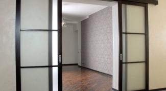 Как установить раздвижные двери?