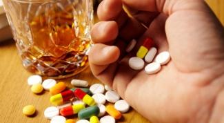 Почему антибиотики нельзя пить с алкоголем