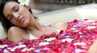 Как снять усталость с помощью ванных процедур