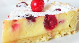 Curd pie with cherries