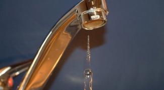 Отключение горячей воды: ищем выход