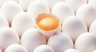 Чем полезны сырые яйца?