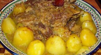 Как приготовить вкуснейшую баранину с картофелем