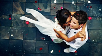 How to throw a wedding with a budget of 50 000 rubles
