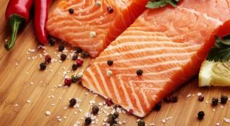 Как посолить лосося коньячным посолом?