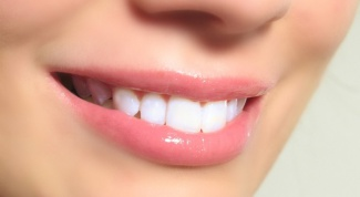 What dreams losing your teeth