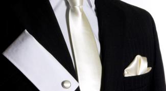 С какой рубашкой носить белый галстук