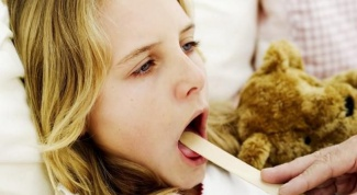 How to cure a festering sore throats in children 2 years of age