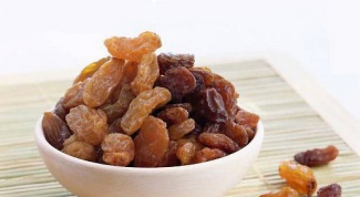 Use raisins and its use in folk medicine