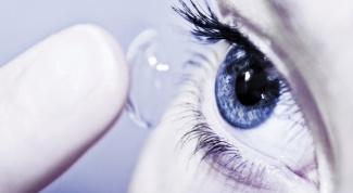Что вреднее для глаз − очки или линзы?