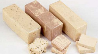What types of halva exist