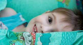 What to do if the child does not sleep in the kindergarten