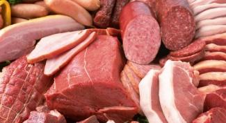 Почему колбаса дешевле мяса
