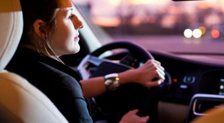 How to choose a driving school for women