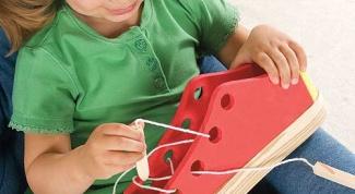 What toys develop children's motor skills
