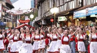 Где проходит осенний праздник пива «Октоберфест»