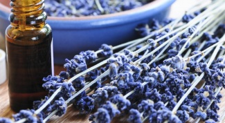 Which essential oils treat the fungus