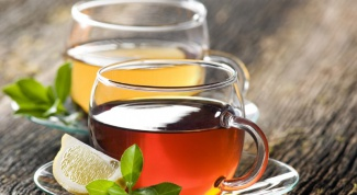 С чем  пить горячий чай