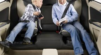 До какого возраста пользоваться автокреслом