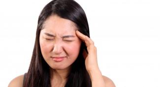Почему от головной боли сдавливает виски