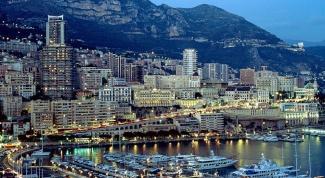 Почему жители Монако называются монегаски