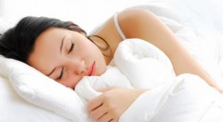 Почему человек во сне жует