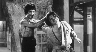 Кто сильнее - Брюс Ли или Джеки Чан?