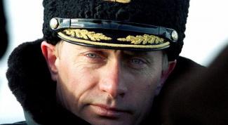 Служил ли в в Путин в армии