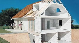 Сколько нужно газобетона для строительства дома