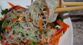 Какие салаты можно приготовить с фунчозой