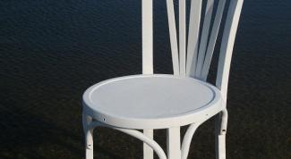 Как отремонтировать рассохшиеся деревянные стулья