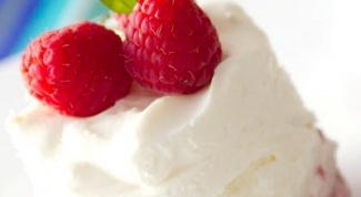 Как приготовить нежнейший творожный мусс с ягодами