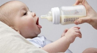 How to choose a bottle for feeding