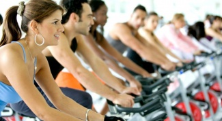 What exercises strengthen the cardiovascular system?