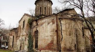 Какая страна первая приняла христианство